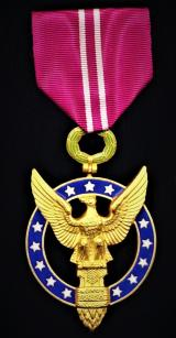 United States: Presidential Medal for Merit (Instituted 1945). Gilt & enamel
