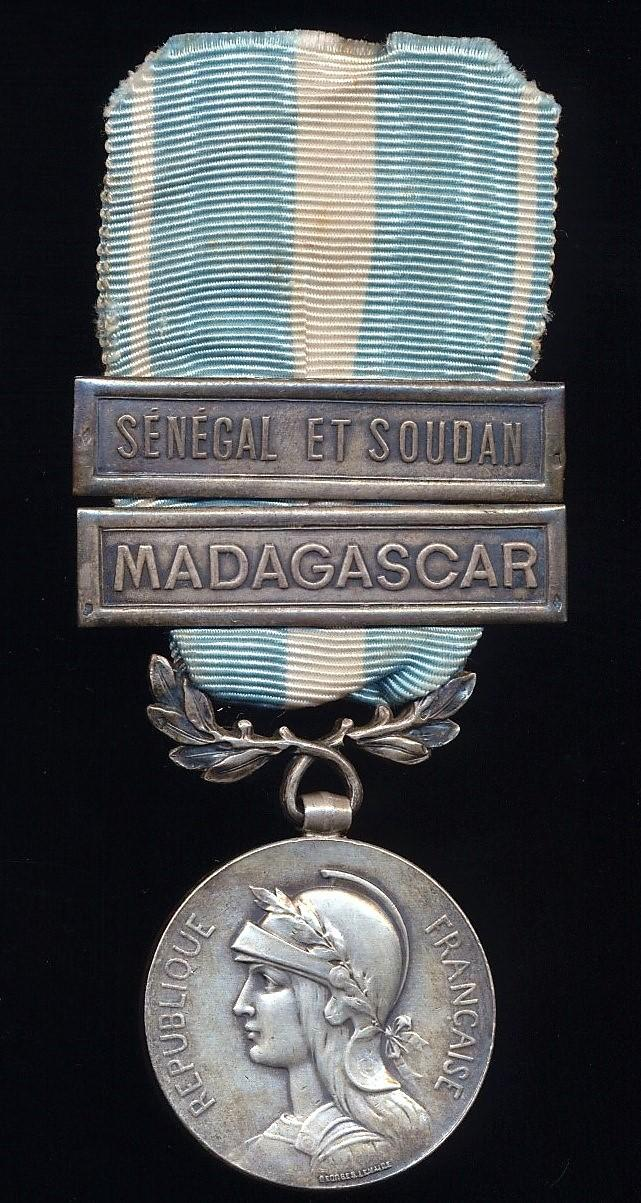 France: Colonial Medal (Medaille Coloniale). 1st 'Premier Type' medal with bi-face wreath suspension. With 2 x clasps of the 'clapet' type 'Madagascar' & 'Senegal et Soudan'